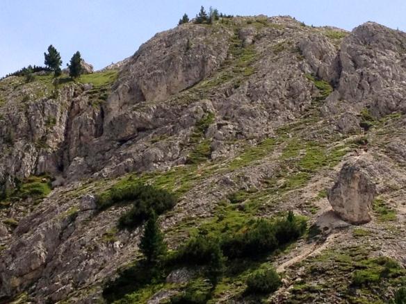 Il Sass de Stria ripreso dal Passo Valparola