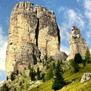 Le Cinque Torri -  Dolomiti (foto personale)