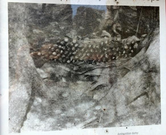 Lo stesso deposito di munizioni in una fotografia dell'epoca della Guerra - Cinque Torri (Ma Bohème - foto by Primula)
