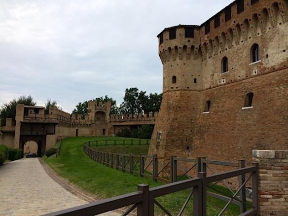 Particolare della Rocca di Gradara foto by Primula - Ma Bohème